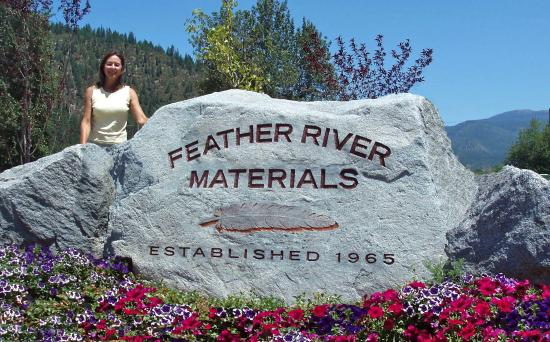 Rock entry monument business sign for Feather River Materials